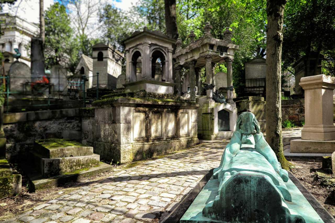 Fernand Arbelot'un Mezar taşı